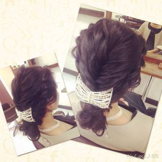 フェミニン 編み込み コンサバ フィッシュボーン ヘアスタイルや髪型の写真・画像