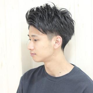 黒髪 刈り上げ メンズ ボーイッシュ ヘアスタイルや髪型の写真・画像