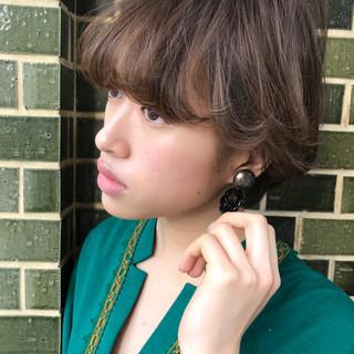 ナチュラル 小顔 色気 ショート ヘアスタイルや髪型の写真・画像
