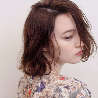 透明感 デート アッシュベージュ セミロング ヘアスタイルや髪型の写真・画像