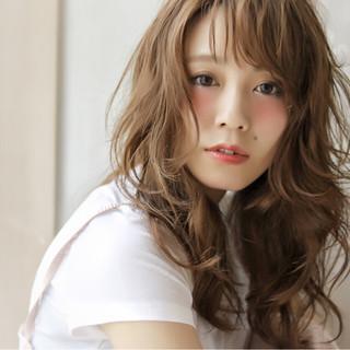 パーマ 外国人風 ガーリー ブラウン ヘアスタイルや髪型の写真・画像