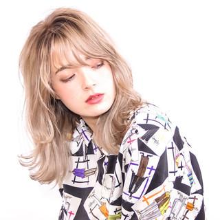 ミディアム 外国人風 80年代 モード ヘアスタイルや髪型の写真・画像