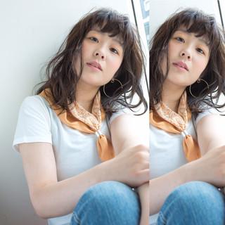 暗髪 ゆるふわ パーマ 簡単 ヘアスタイルや髪型の写真・画像