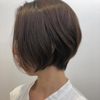 エフォートレス フェミニン ナチュラル ショート ヘアスタイルや髪型の写真・画像