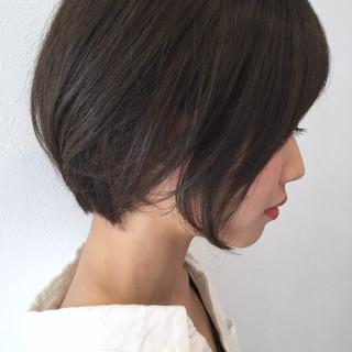 ショート グレージュ 小顔 似合わせ ヘアスタイルや髪型の写真・画像