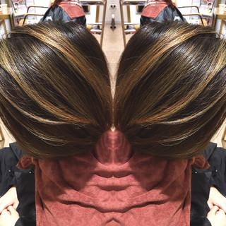 ボブ 冬 アウトドア インナーカラー ヘアスタイルや髪型の写真・画像