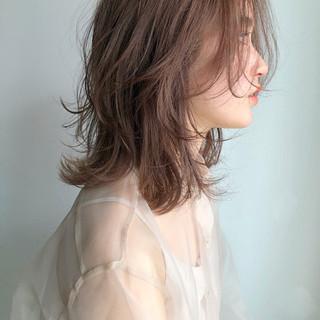 簡単ヘアアレンジ ミディアム デート オフィス ヘアスタイルや髪型の写真・画像