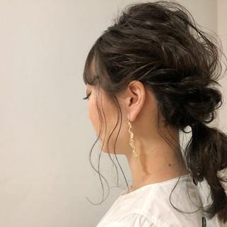 大人かわいい 簡単ヘアアレンジ ロング オフィス ヘアスタイルや髪型の写真・画像