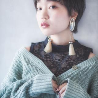 外国人風 モード 小顔 大人女子 ヘアスタイルや髪型の写真・画像