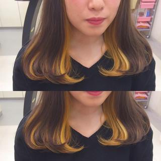 ストリート セミロング インナーカラー ダブルカラー ヘアスタイルや髪型の写真・画像