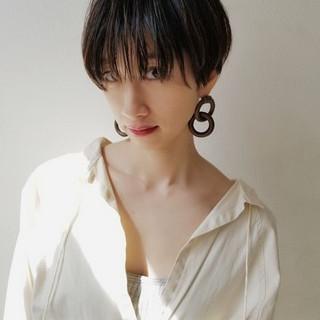 デート モード 大人女子 ハンサムショート ヘアスタイルや髪型の写真・画像