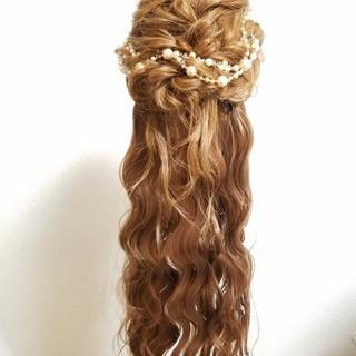 ガーリー セミロング 結婚式 ゆるふわ ヘアスタイルや髪型の写真・画像