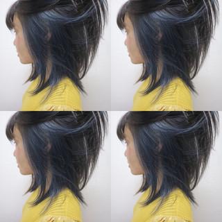 インナーカラー ミディアム ストリート ネイビー ヘアスタイルや髪型の写真・画像