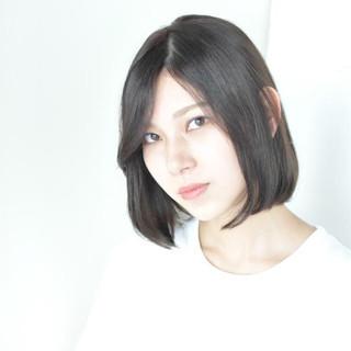 大人かわいい 暗髪 小顔 秋 ヘアスタイルや髪型の写真・画像