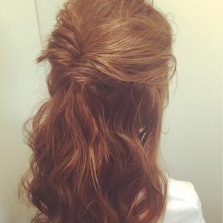 ハイライト ゆるふわ 簡単ヘアアレンジ 外国人風 ヘアスタイルや髪型の写真・画像
