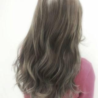 アッシュ ウェーブ グラデーションカラー 黒髪 ヘアスタイルや髪型の写真・画像