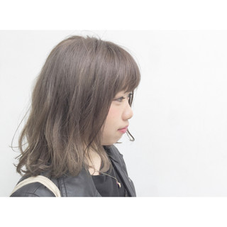 暗髪 グラデーションカラー ミディアム 外国人風 ヘアスタイルや髪型の写真・画像