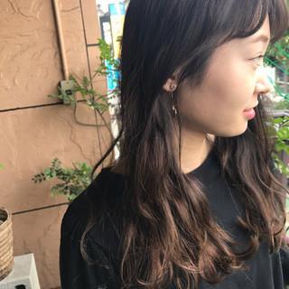 ウェーブ ナチュラル グラデーションカラー アンニュイ ヘアスタイルや髪型の写真・画像