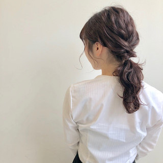 簡単ヘアアレンジ セミロング お呼ばれヘア ヘアアレンジ ヘアスタイルや髪型の写真・画像