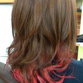 グラデーションカラー ゆるふわ ハイライト セミロング ヘアスタイルや髪型の写真・画像