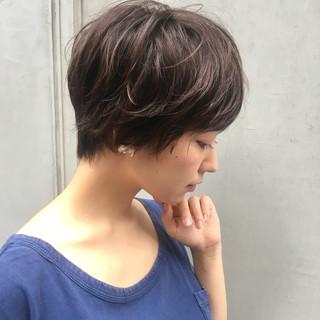 秋 女子会 リラックス ショート ヘアスタイルや髪型の写真・画像