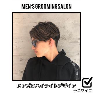 ツーブロック マッシュ メンズショート マッシュヘア ヘアスタイルや髪型の写真・画像