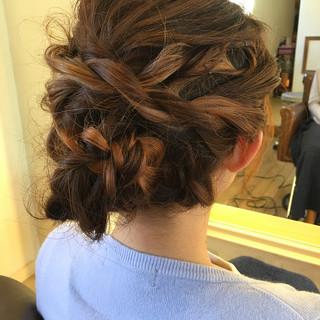 ヘアアレンジ デート ウェーブ ゆるふわ ヘアスタイルや髪型の写真・画像