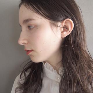 セミロング くせ毛風 パーマ ナチュラル ヘアスタイルや髪型の写真・画像
