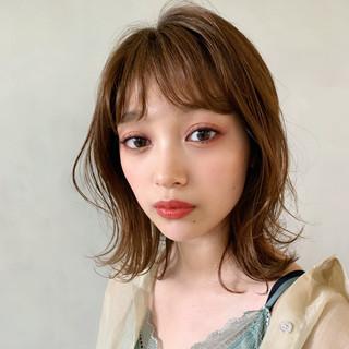 大人かわいい ひし形シルエット フェミニン シースルーバング ヘアスタイルや髪型の写真・画像