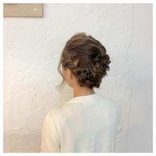 大人かわいい 結婚式 編み込み ねじり ヘアスタイルや髪型の写真・画像
