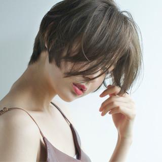 ショート 透明感 涼しげ 小顔 ヘアスタイルや髪型の写真・画像