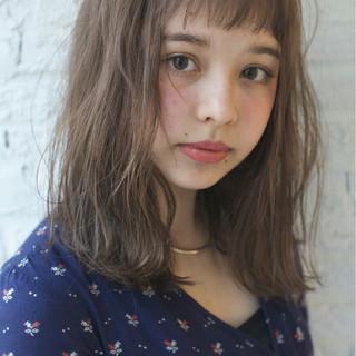 パーマ 外国人風 前髪あり ピュア ヘアスタイルや髪型の写真・画像