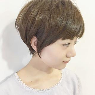 ナチュラル ショート 小顔 似合わせ ヘアスタイルや髪型の写真・画像
