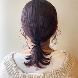 ラベンダーピンク ミディアム ヘアアレンジ 簡単ヘアアレンジ ヘアスタイルや髪型の写真・画像