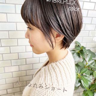 切りっぱなしボブ ショートヘア ショート ショートボブ ヘアスタイルや髪型の写真・画像