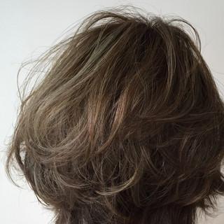 フェミニン ナチュラル 暗髪 アッシュ ヘアスタイルや髪型の写真・画像