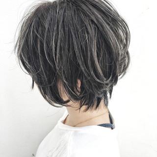 ストリート 外国人風 ウェーブ リラックス ヘアスタイルや髪型の写真・画像