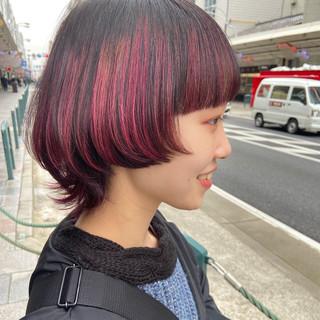 ミディアム ニュアンスウルフ マッシュウルフ ネオウルフ ヘアスタイルや髪型の写真・画像