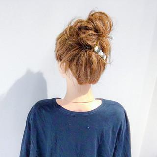 デート ヘアアレンジ お団子 セミロング ヘアスタイルや髪型の写真・画像