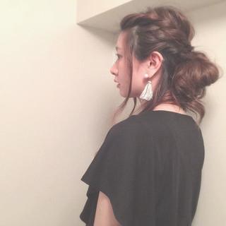 シニヨン ヘアアレンジ アップスタイル ゆるふわ ヘアスタイルや髪型の写真・画像