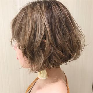 ハイライト 簡単スタイリング ナチュラル デート ヘアスタイルや髪型の写真・画像