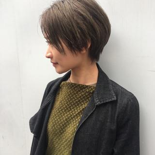 ショート ウェットヘア ウェット感 黒髪 ヘアスタイルや髪型の写真・画像