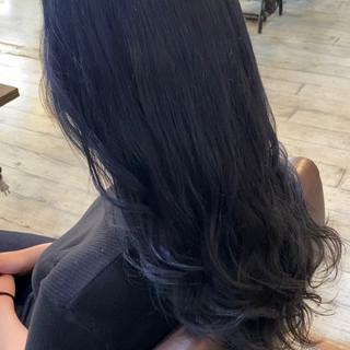 ネイビーアッシュ ネイビーカラー ロング ナチュラル ヘアスタイルや髪型の写真・画像