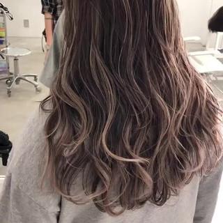 バレイヤージュ ストリート コントラストハイライト 外国人風カラー ヘアスタイルや髪型の写真・画像