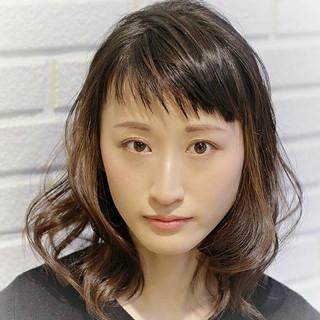インナーカラー 色気 大人かわいい 外国人風 ヘアスタイルや髪型の写真・画像