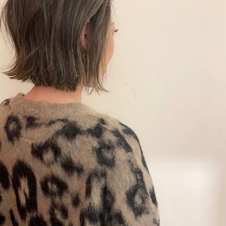 ボブ 切りっぱなしボブ ナチュラル ミニボブ ヘアスタイルや髪型の写真・画像