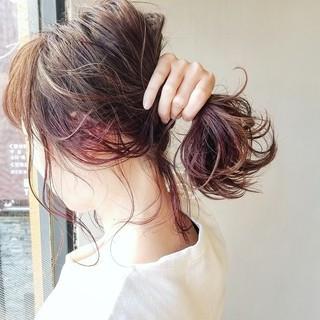 ガーリー レッド インナーカラー ボブ ヘアスタイルや髪型の写真・画像