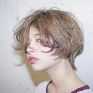 ハイライト ストリート ハイトーン アッシュ ヘアスタイルや髪型の写真・画像