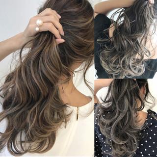 ナチュラル 簡単スタイリング ミルクティーベージュ アッシュグレージュ ヘアスタイルや髪型の写真・画像