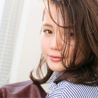 暗髪 ミディアム パーマ 外国人風 ヘアスタイルや髪型の写真・画像